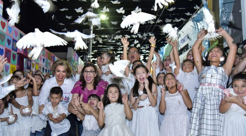 ABREN CALLEJÓN DE LA FAMILIA