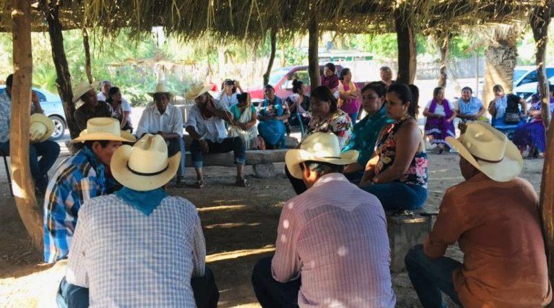 SOSTIENE REUNIÓN MANCHA ORNELAS CON GOBERNADORES DE LAS COMUNIDADES YAQUIS