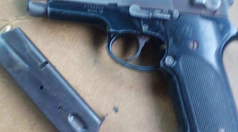 ASEGURA POLICÍA MUNICIPAL ARMA DE FUEGO