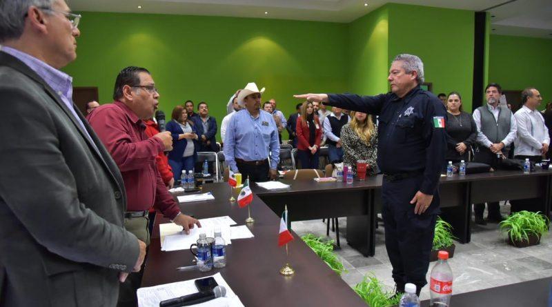 TOMA PROTESTA ALCALDE MARISCAL ALVARADO A FRANCISCO CANO CASTRO COMO COMISARIO DE SEGURIDAD PÚBLICA