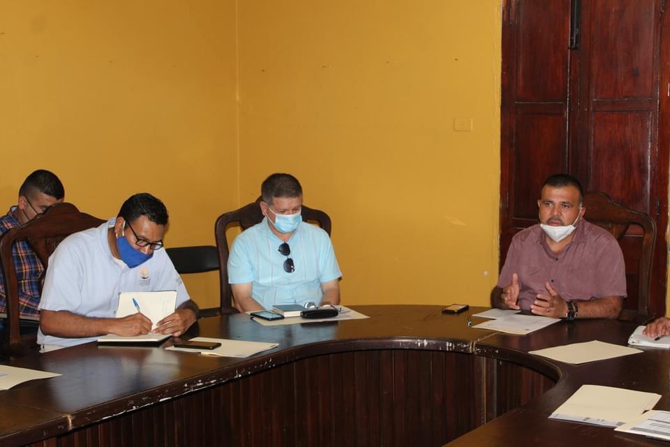 Reunión para análisis y aprobación de obras del FISM y CMCOP