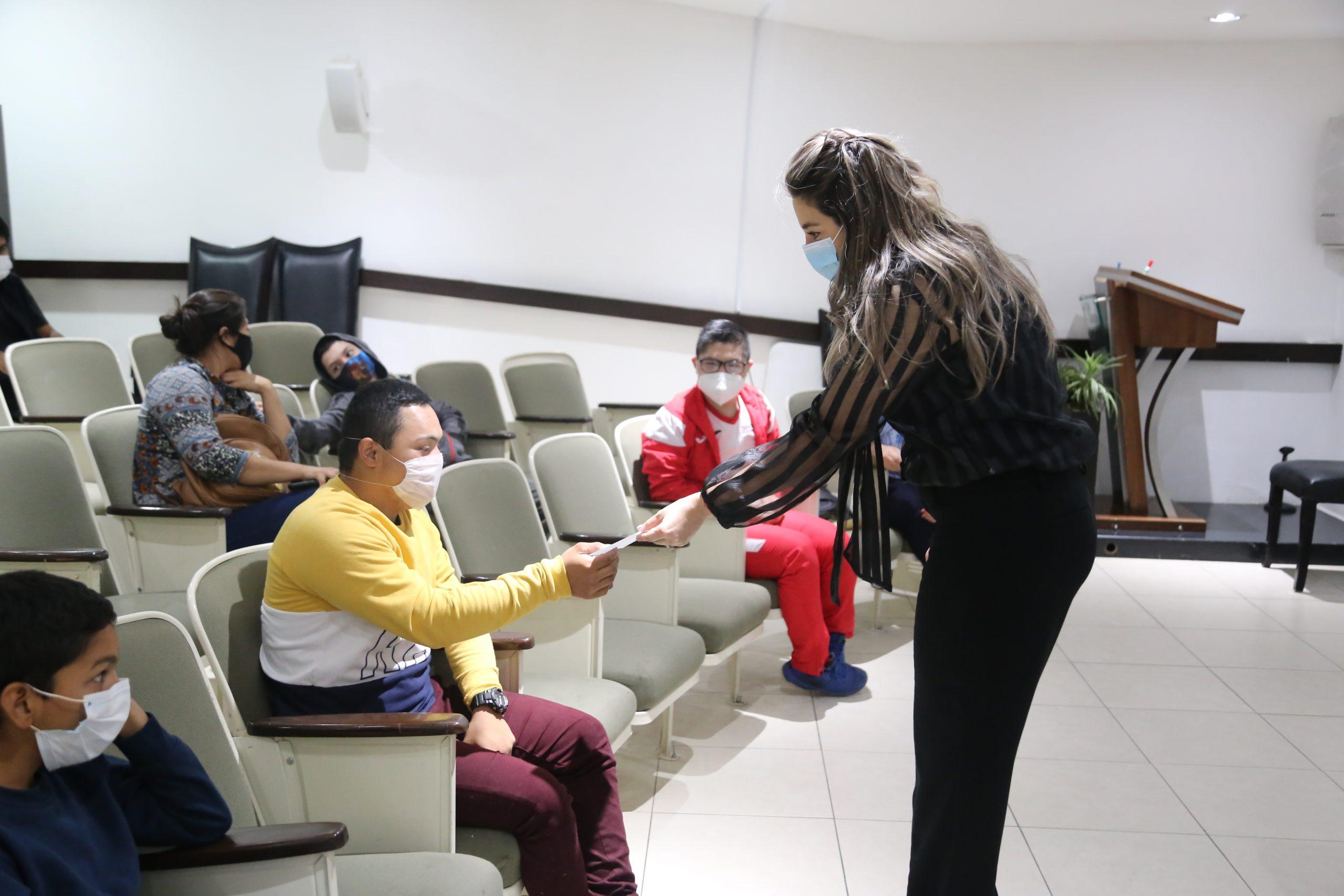 Entrega DIF Sonora estímulos a atletas con discapacidad