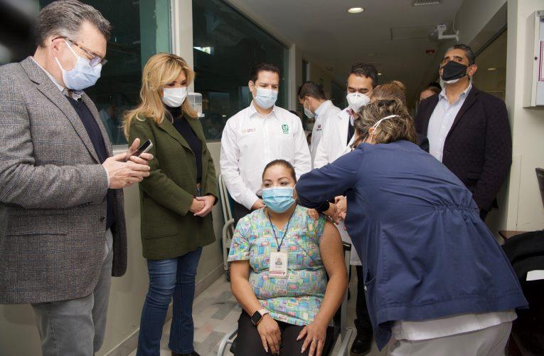 Aplicación de vacunas contra el COVID-19 es un acto de justicia con el personal del sector salud: Gobernadora Pavlovich